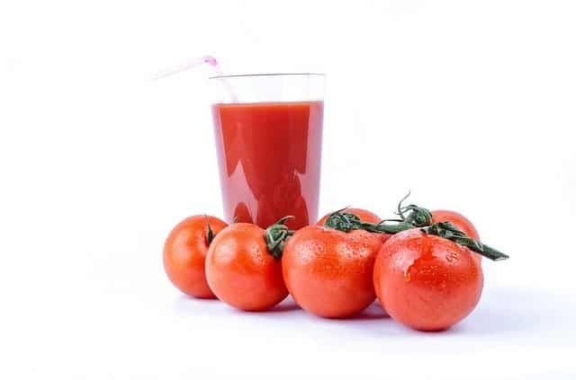 Tomato Juice- tip to lose belly fat