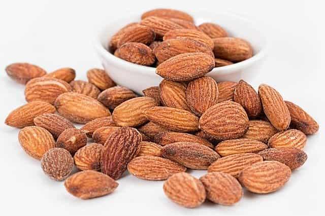 Almonds vs peanuts